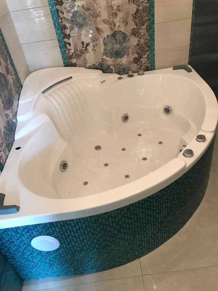 Установка акриловой ванны - преимущества акриловых ванн