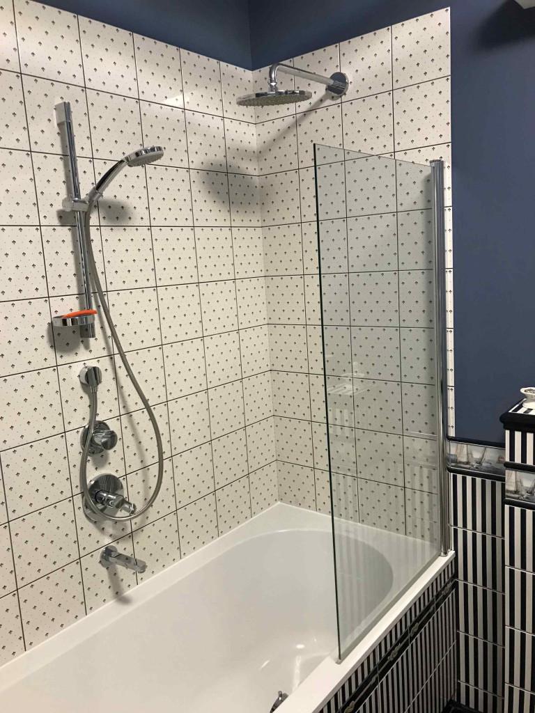Установка акриловой ванны - как выбрать ванну