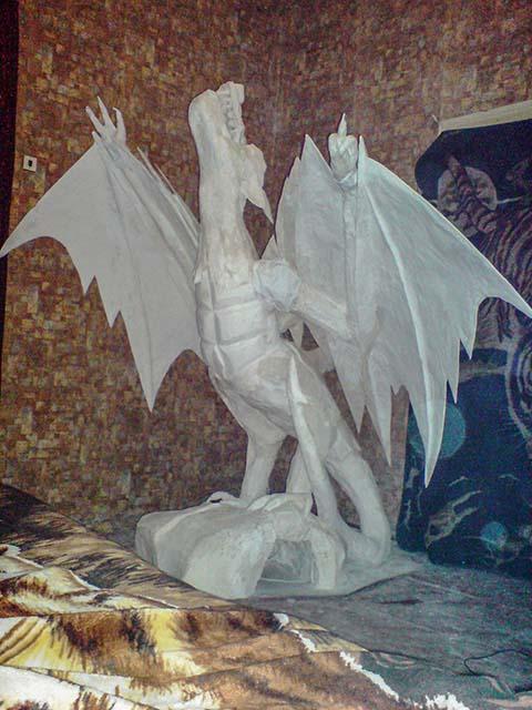 Декоративные статуи в интерьере