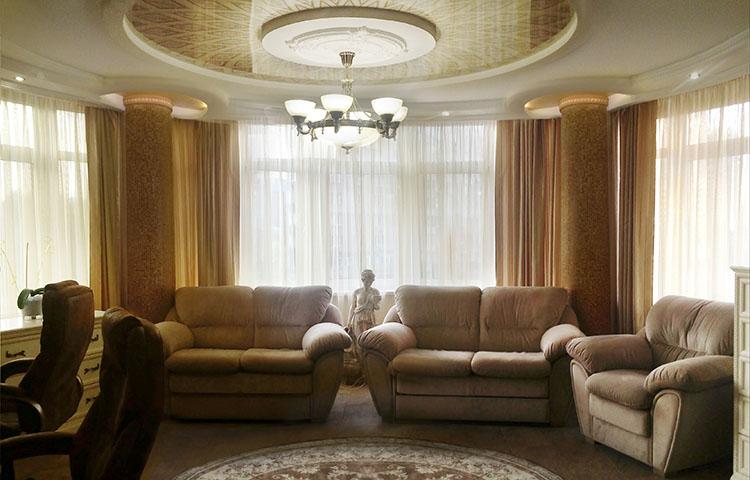 Декоративное оформление поверхности потолка от профессионалов