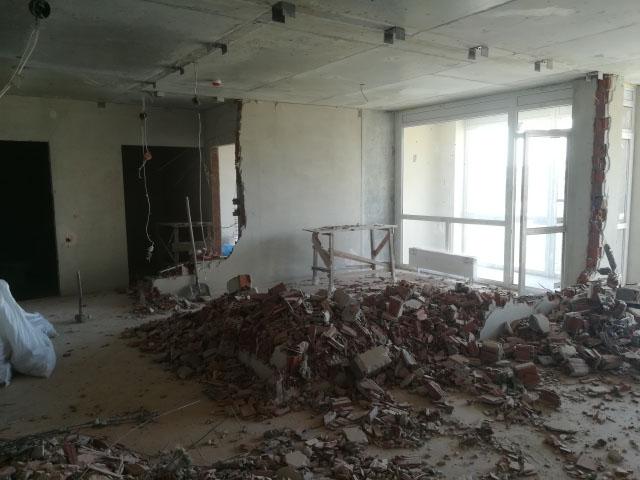 Порядок проведения демонтажа кирпичных стен