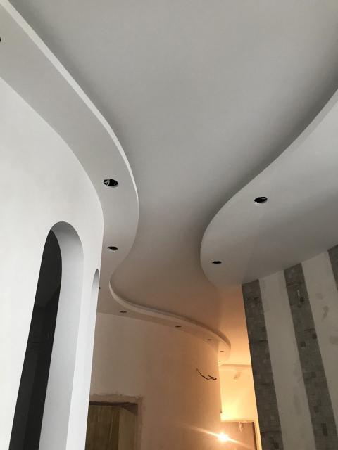 покраска потолка - особенности окрашивания швов